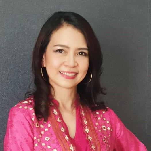 Direktur Kepatuhan, Legal dan Sekretaris Perusahaan, Yessika Effendi