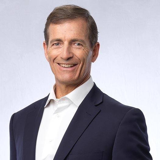Presiden Komisaris, David Cohen